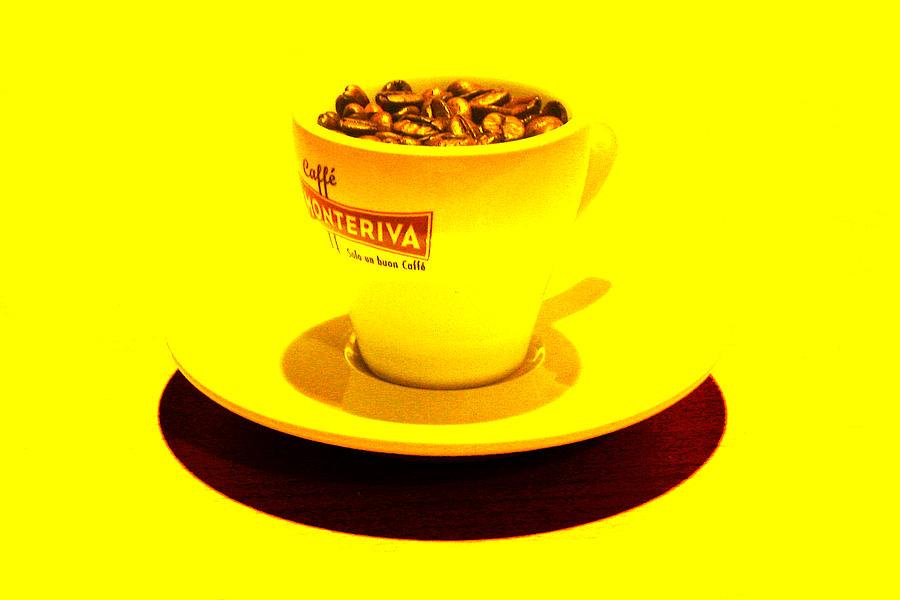 Cafe Photograph - Expresso.piccolo.giallo by Robert Litewka