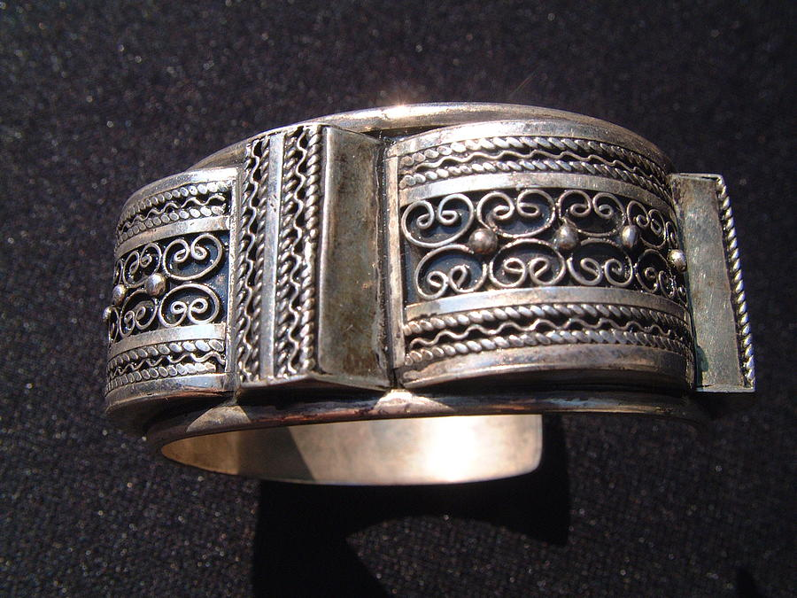 Filigree Silver Jewelry - Exquisite Heavy Silver Bracelet Decorated With Filigree Silver by Moroccan silversmith