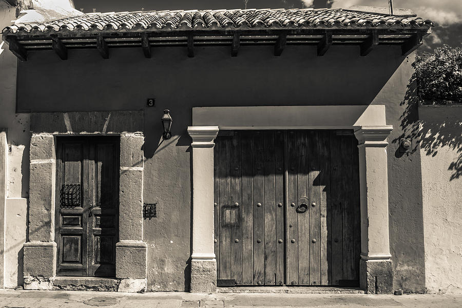 Encantador fachadas de casas antiguas embellecimiento for Decoracion de casas antiguas fotos