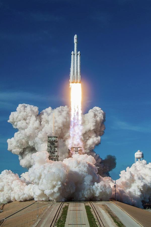 Dont Panic Photograph - Falcon Heavy Launch by Filip Hellman