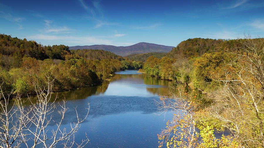 Fall on the James by Rob Narwid