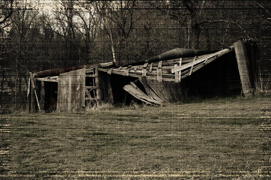 Old Barn Photograph - Fallin In by Amy Bellmer