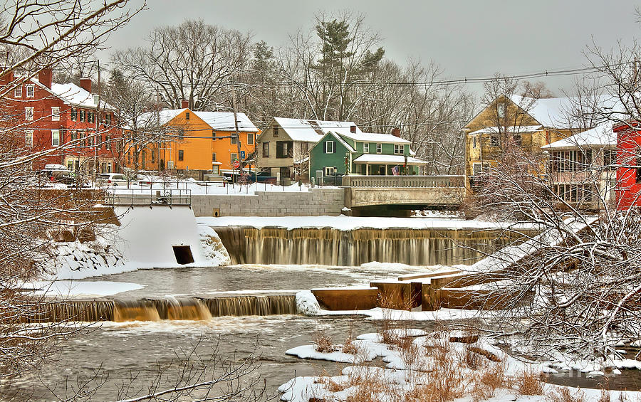 Exeter New Hampshire Photograph - Falls on Exeter River by Diana Nault
