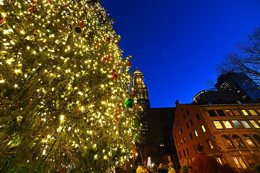 Fanueil Hall Christmas Tree Bostom MA Quincy Market Custom ...