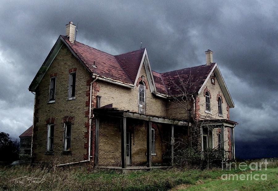 Haunted House Photograph - Farm House by Tom Straub