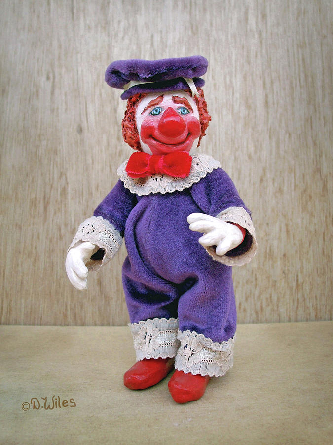 Clown Sculpture - Fauntleroy by David Wiles