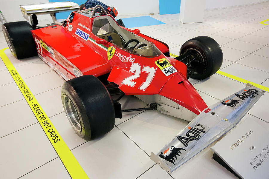 Ferrari Photograph - Ferrari 126ck Front Right Museo Ferrari by Paul Fearn