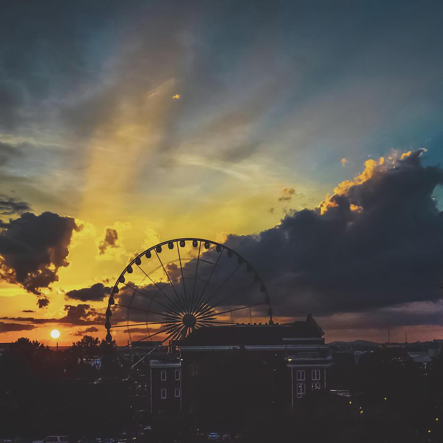 Sun Photograph - Ferris by Mike Dunn