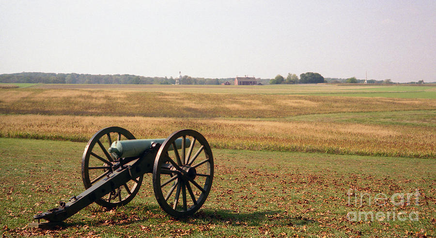 Civil War Photograph - Fields Of Death by Richard Rizzo