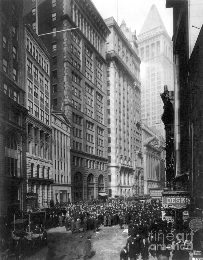1920 Photograph - Financial Center, C1920 by Granger