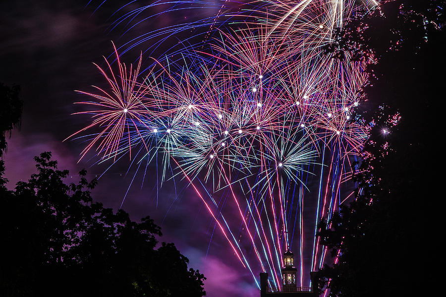 Fireworks 2 by Jerry Gammon