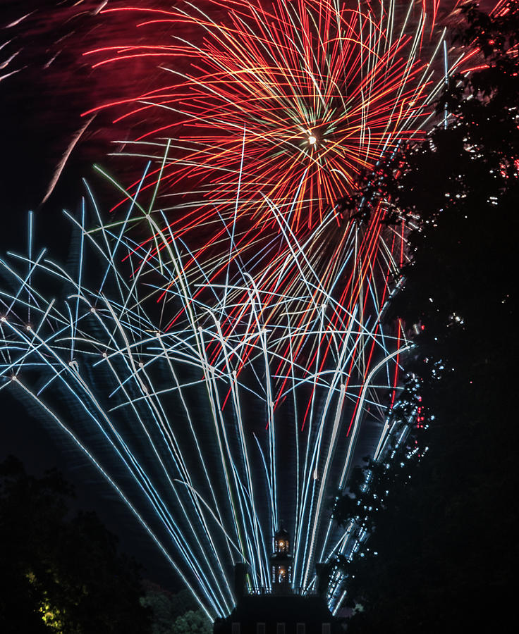Fireworks 3 by Jerry Gammon