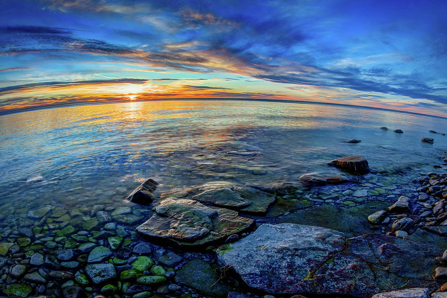 Fisheye lenses are also effective in shooting landscapes