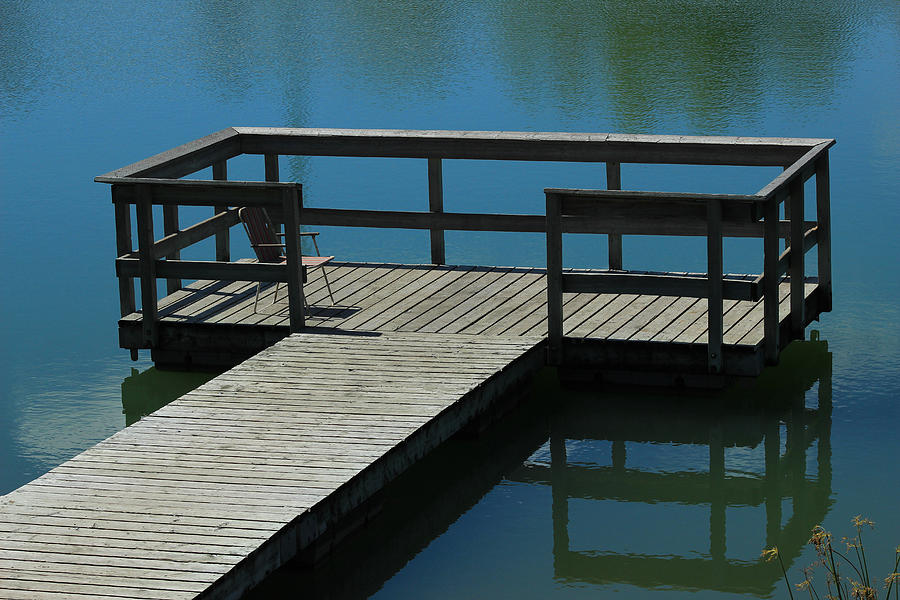 Floating Dock on a Lake Photograph by Robert Hamm