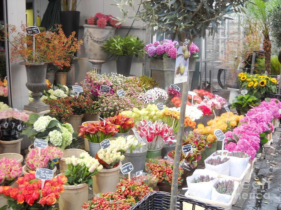 Flowers Photograph - Flower Shop Amsterdam by Reina Resto