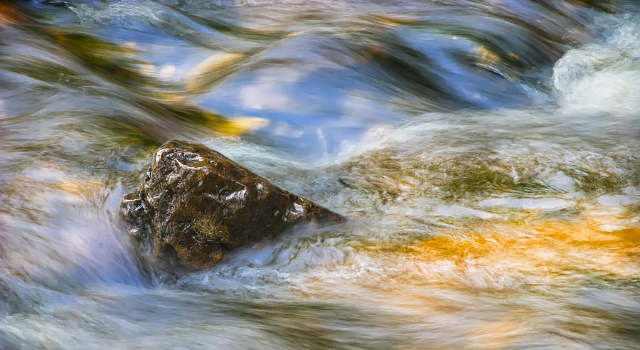 Abstract Photograph - Flowing Water by Adam Romanowicz