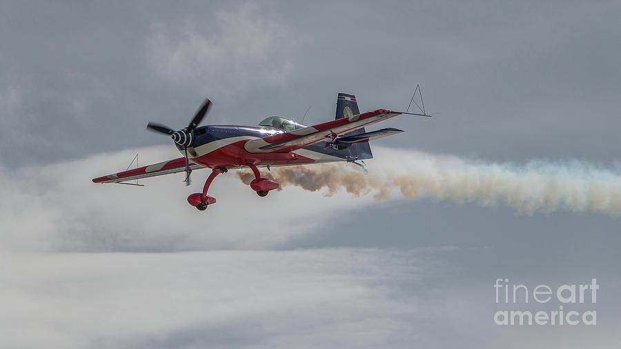 Flying acrobatic plane by Fabrizio Malisan