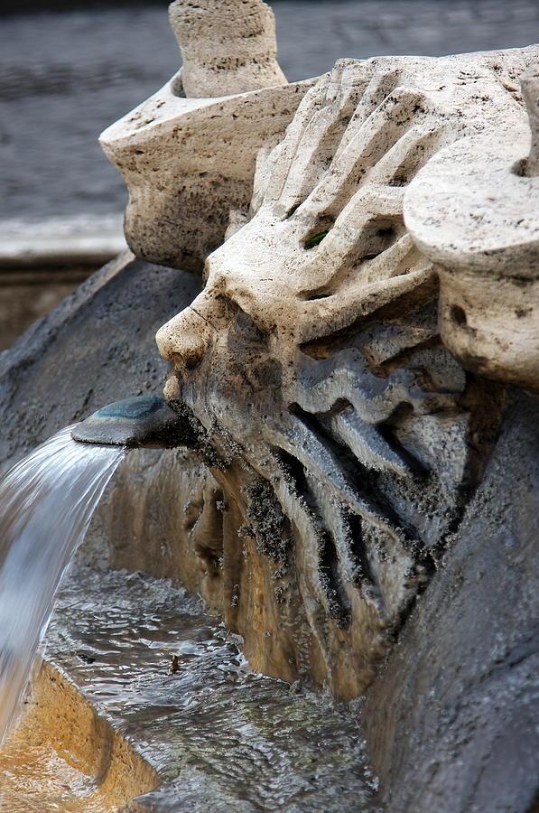 Italy Photograph - Fontana Della Barcaccia Sun by Alan Zeleznikar