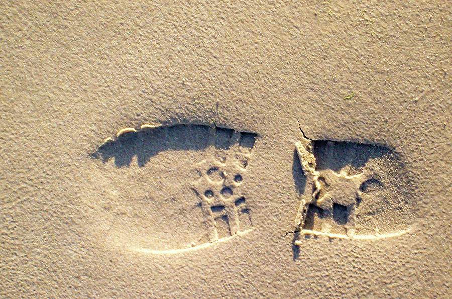 Foot Print by Rainer Kersten