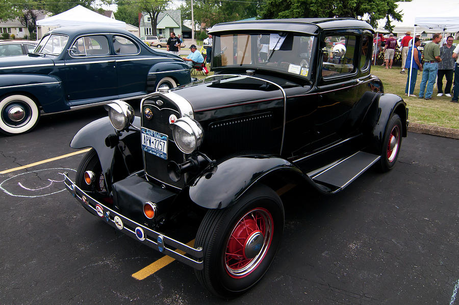Antique Car Photograph - Ford 2102 by Guy Whiteley