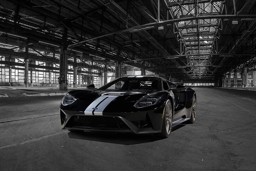 Ford Gt Photograph - Ford Gt 66 Heritage Edition by Peter Chilelli