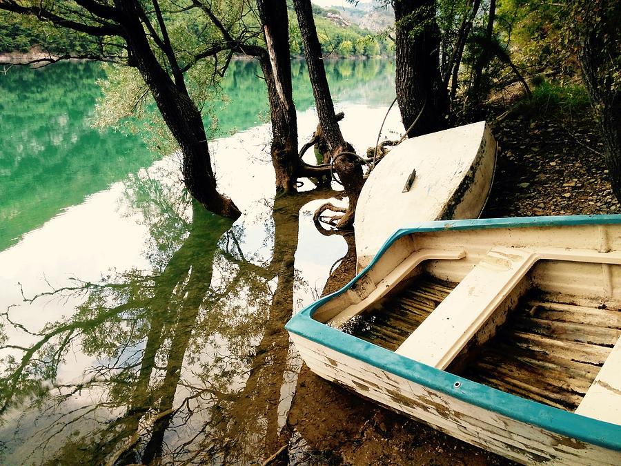 Lake Photograph - Forgotten Boats by Tiffany Marchbanks