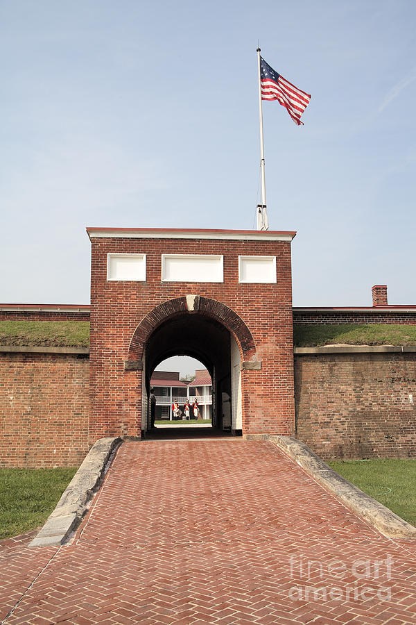 Baltimore Photograph - Fort Mchenry Gate In Baltimore Maryland by William Kuta