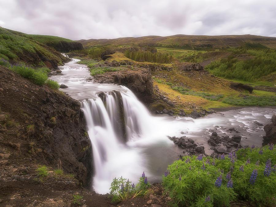Fossarett waterfall by Roelof Nijholt