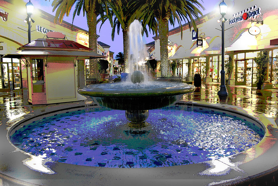 Fountain Digital Art - Fountain by Antonio Godines