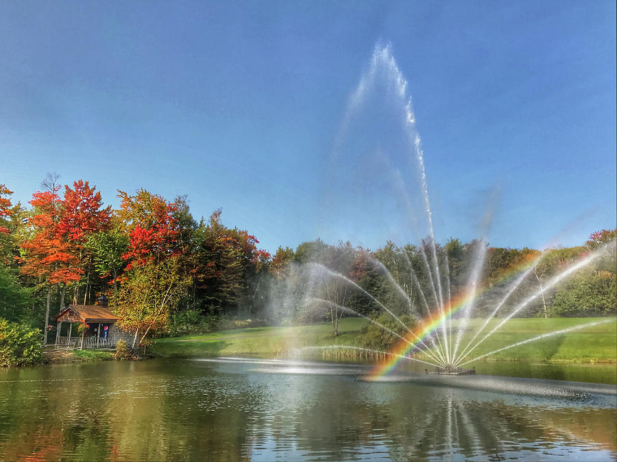 Fountain at Tater Hill by Pat Moore