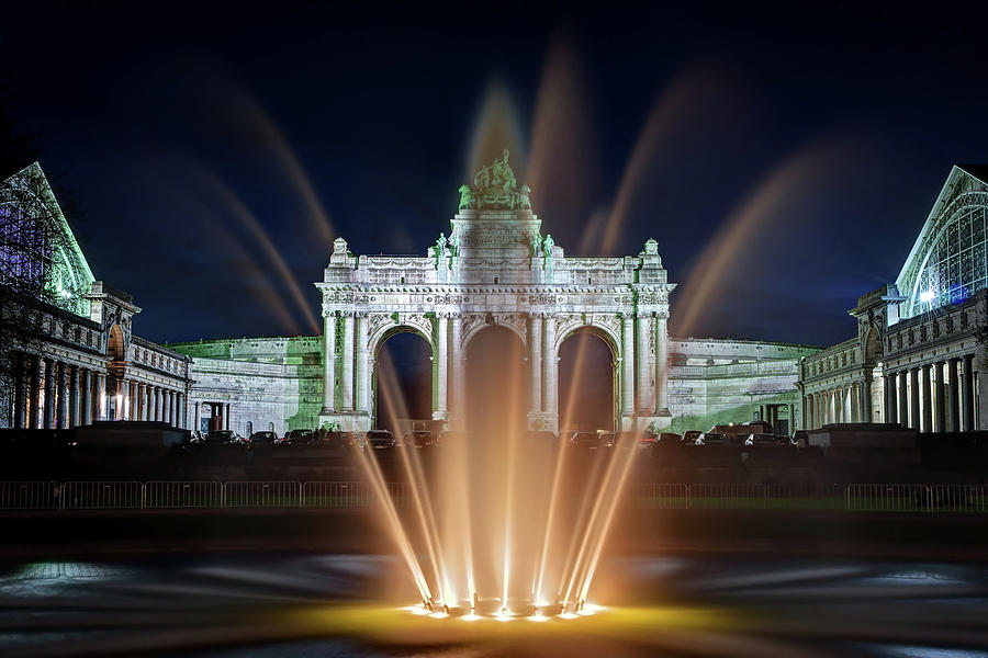 Brussels Photograph - Fountain in Parc du Cinquantenaire - Brussels by Barry O Carroll