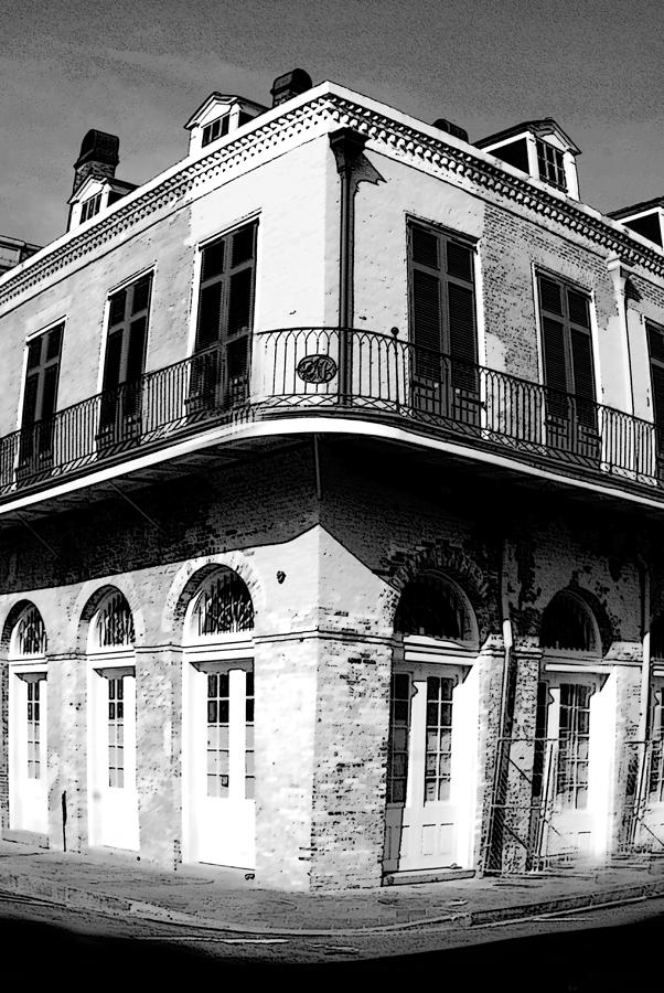 Old Buildings Photograph - French Quarter With A Wide Focus by Alicia Morales