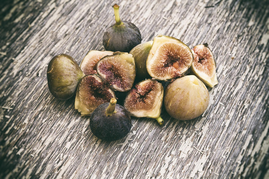Fresh Figs Photograph - Fresh Figs 2 by Georgia Fowler