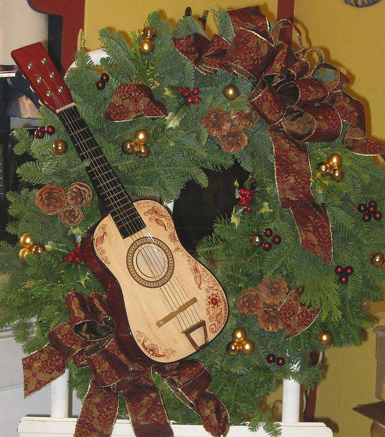 Floral Design Mixed Media - Fresh Holiday Wreath With Guitar by Janet Gioffre Harrington