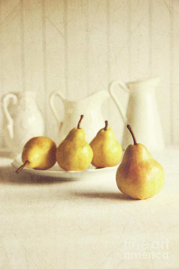 Agriculture Photograph - Fresh Pears On Old Wooden Table by Sandra Cunningham