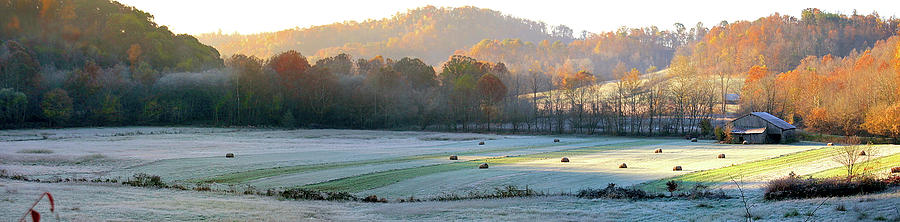 Elliott Photograph - Frosty Morning On The Farm by Randall Evans