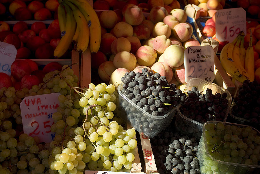 Fruit Photograph - Fruit For Sale At The Rialto Market by Todd Gipstein