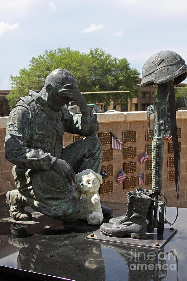 War Memorial Photograph - Ft. Hood War Memorial by Linda Phelps