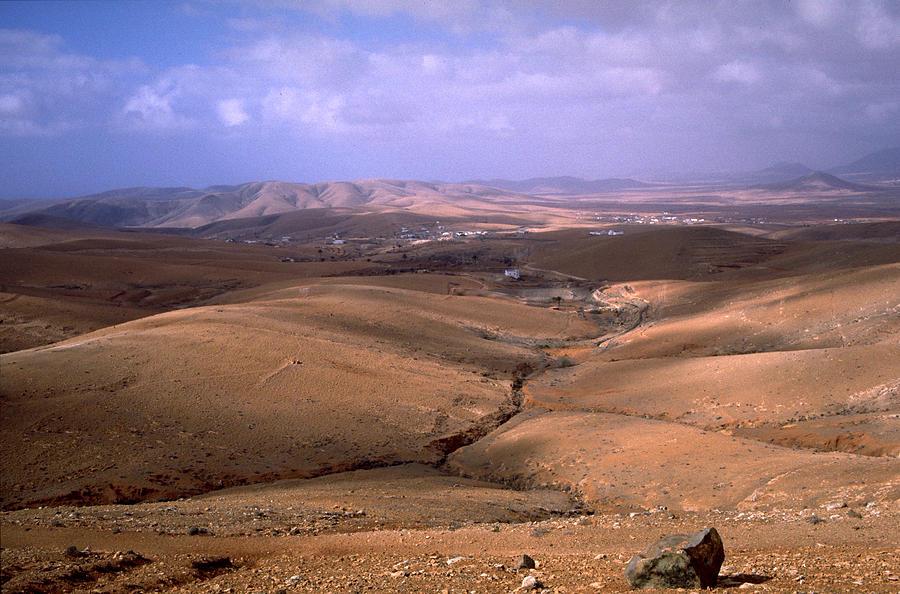Fuerteventura Photograph - Fuerteventura I by Flavia Westerwelle