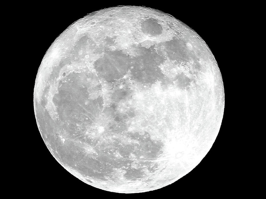Full Moon by Jackson Pearson