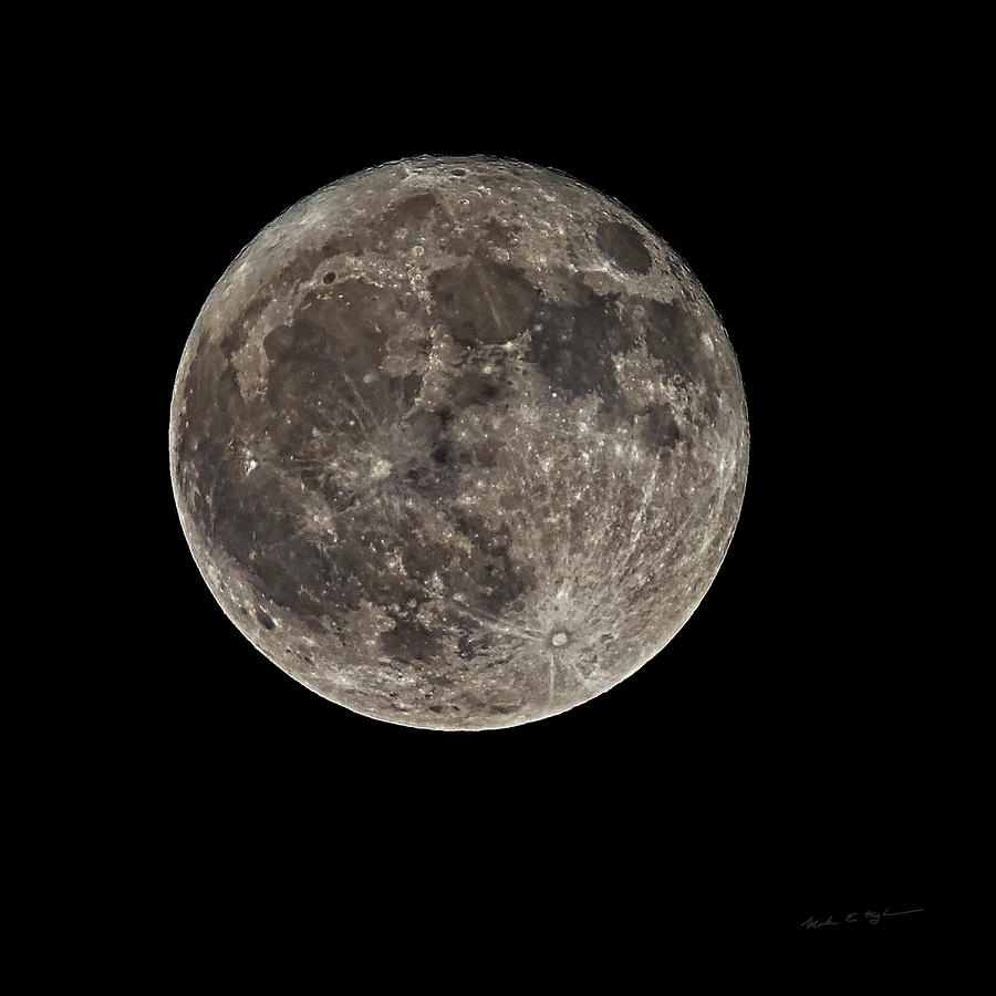 Full Moon S23c Photograph