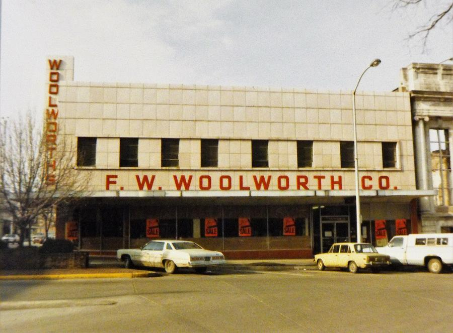 F w  Woolworth Store