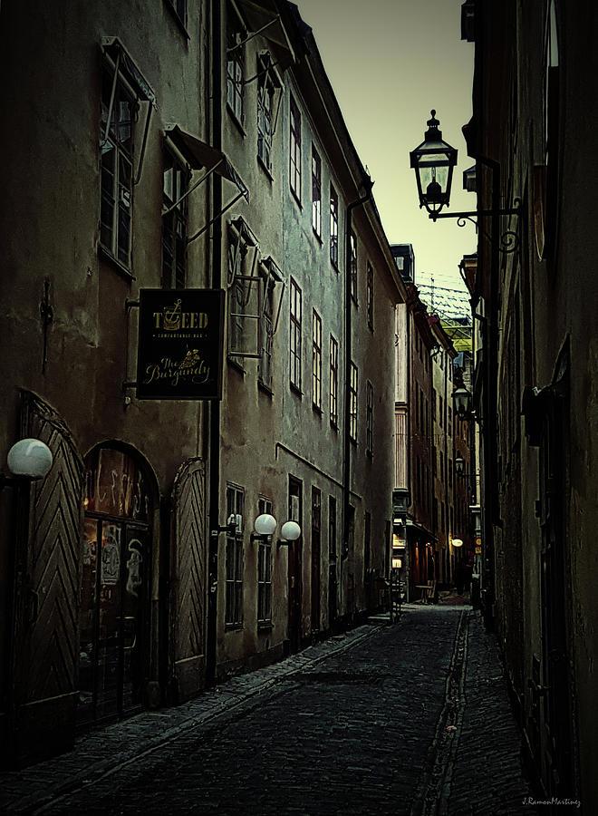 Gamla Stan Alley I by Ramon Martinez