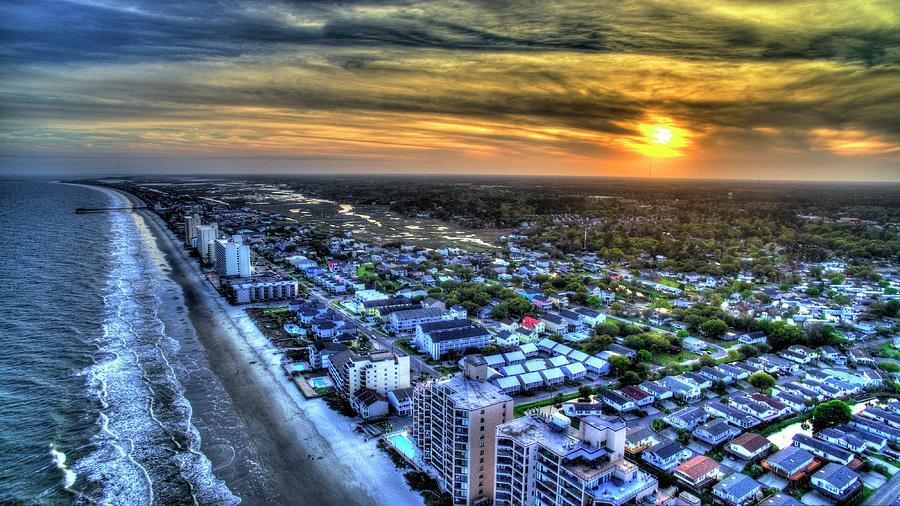 Garden City Northside Sunset by Robbie Bischoff