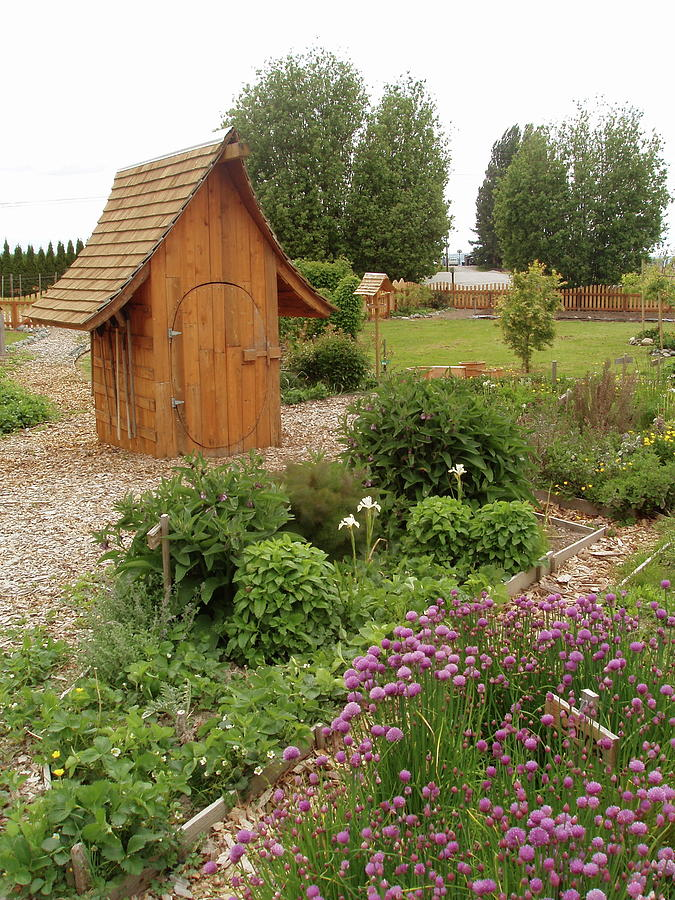 Garden Shed Sculpture - Garden Toolshed, 2005 by Leizel Grant