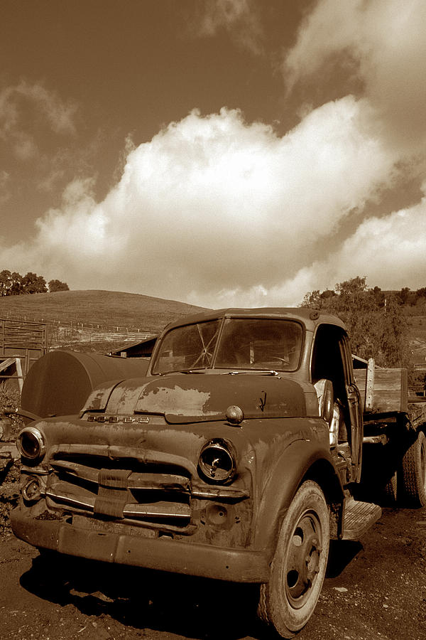 Old Trucks Photograph - Garrods Old Truck 2 by Kathy Yates