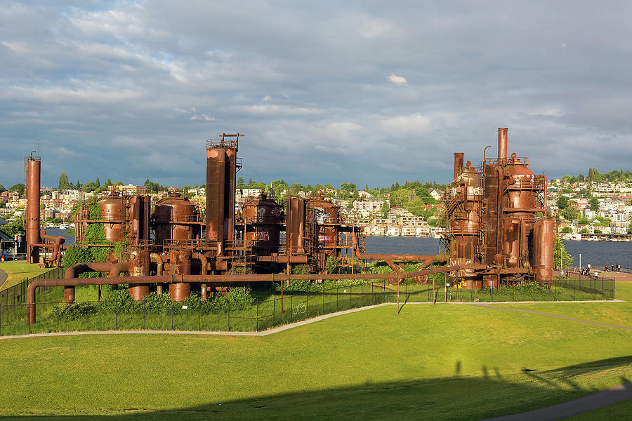 Gas Photograph - Gas Works Park in Seattle Washington by David Gn
