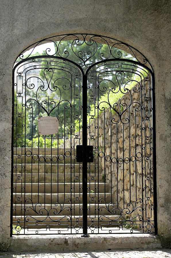 Italy Photograph - Gate To Biblioteca S Francesco by Vicki Hone Smith