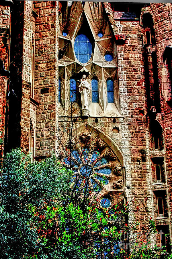 La Sagrada Famila Photograph - Gaudi Barcelona by Tom Prendergast