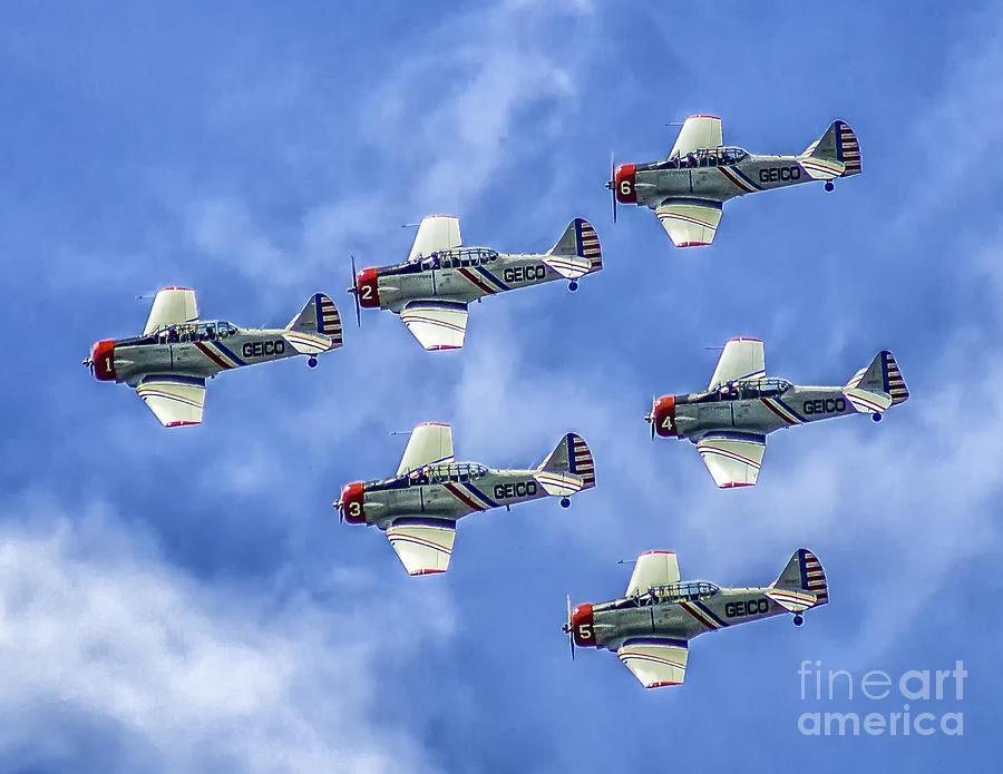 Geico Skytypers Photograph